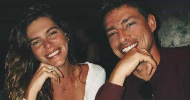 Pura sensualidade! Cauã Reymond e Mariana Goldfarb nus em foto íntima