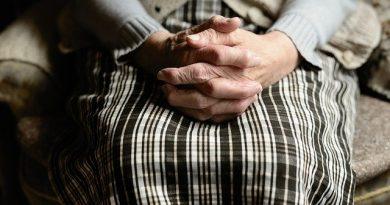 Setembro Amarelo: como cuidar da saúde mental na terceira idade?   ViDA & Ação